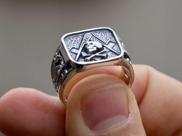 skull masonic ring