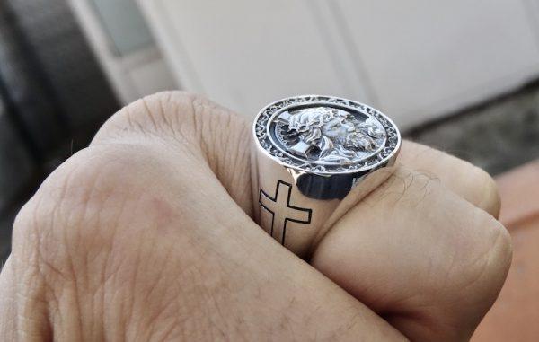 Jesus ring